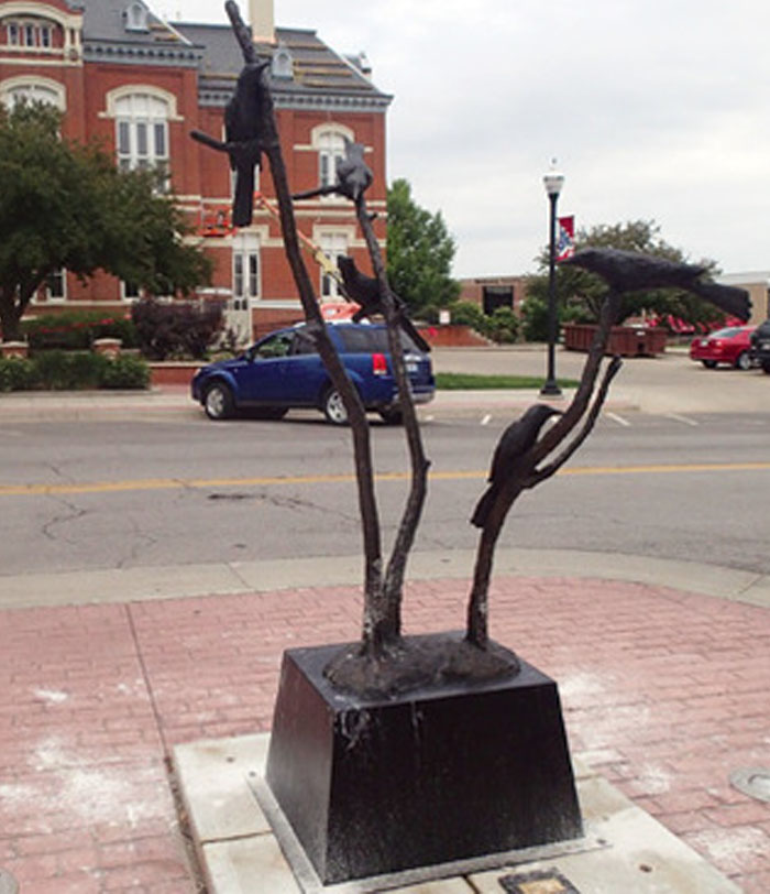 Grackle Mania Sculpture